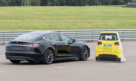 Tesla y Luxemburgo se pelean por una prueba de frenado modelo S fallida