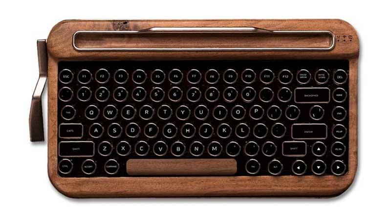 Conoce las caracteristicas de penna el primer teclado retro - moderno