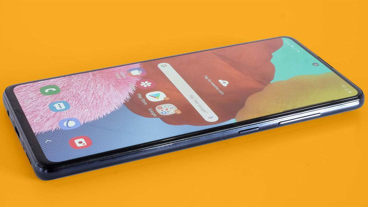 Samsung Galaxy A51 Revisión: Gran pantalla, mal rendimiento