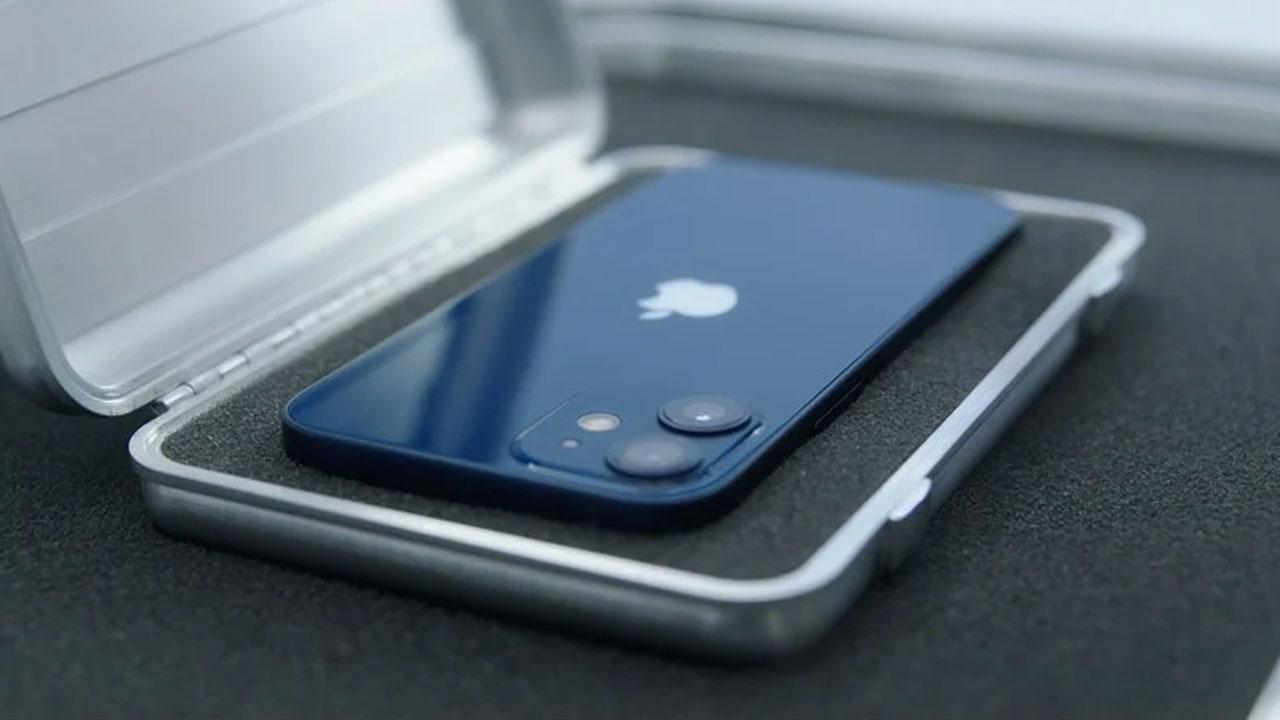 El iPhone 12 Mini podría descontinuarse porque la magia 'Mini' no funcionó